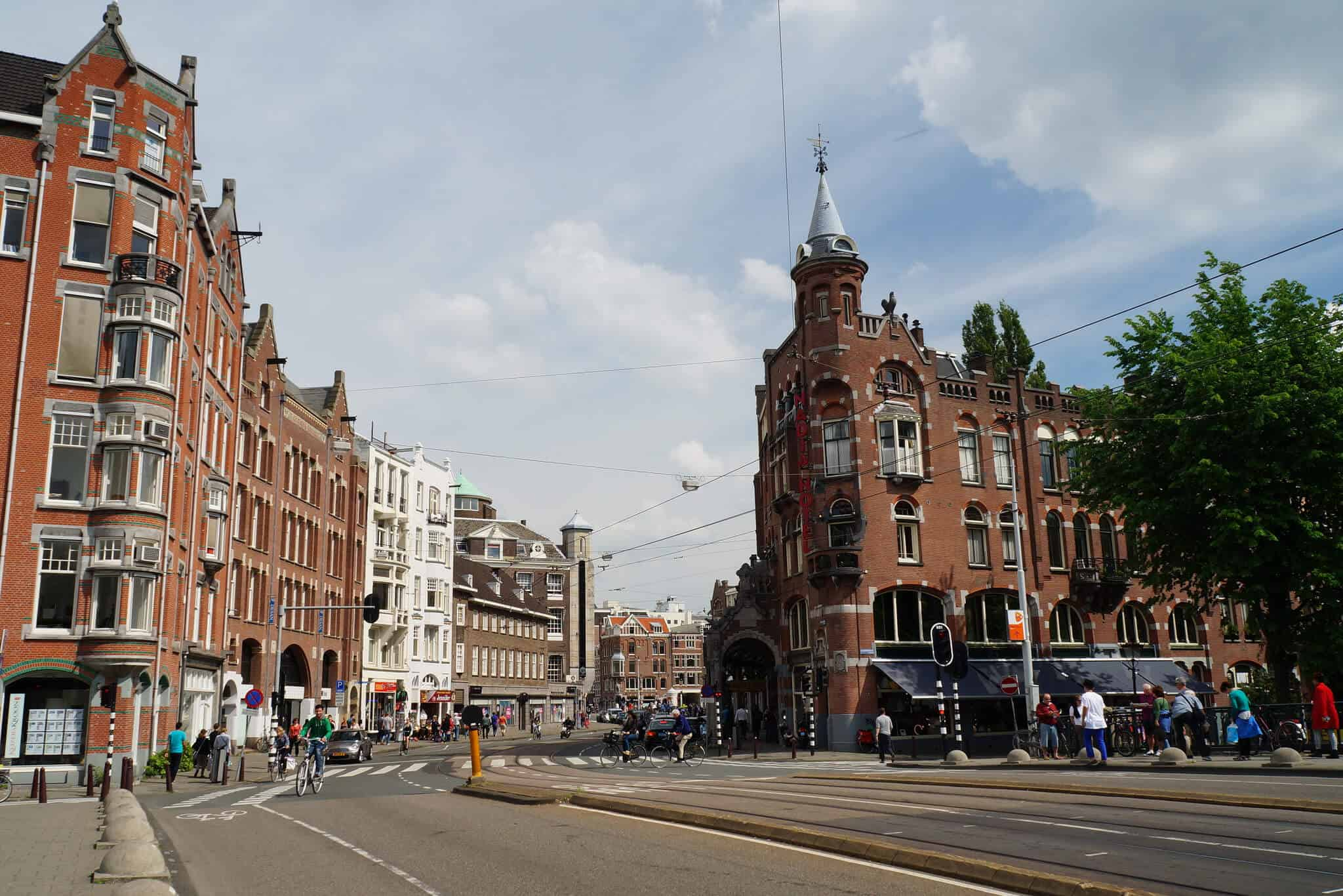 Don't miss the 25 hidden (and not-so-hidden) gems in this epic Amsterdam bucket list! Where to eat, what to explore, day trips from Amsterdam, and more. #amsterdam #netherlands #travel #wintertravel #europetravel